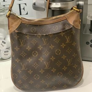 Louis Vuitton Odeon PM Authentic
